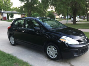 2011 Nissan Versa Hatchback (SAFETIED) $3,800 taxes included