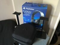 Sony platinum headset with hardcase and stands