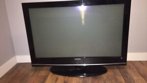 42inch TV, WORKS WELL, no remote.