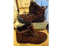 Men's trekking boots size 6