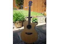 Yamaha CPX500 Electro/Acoustic Guitar with Flightcase