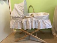 Clair de lune Moses basket, stand and 2 sheets