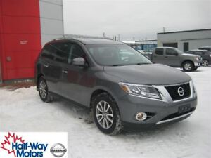 2015 Nissan Pathfinder SV   You Need This One!