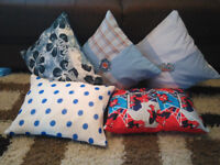 5 children cushion