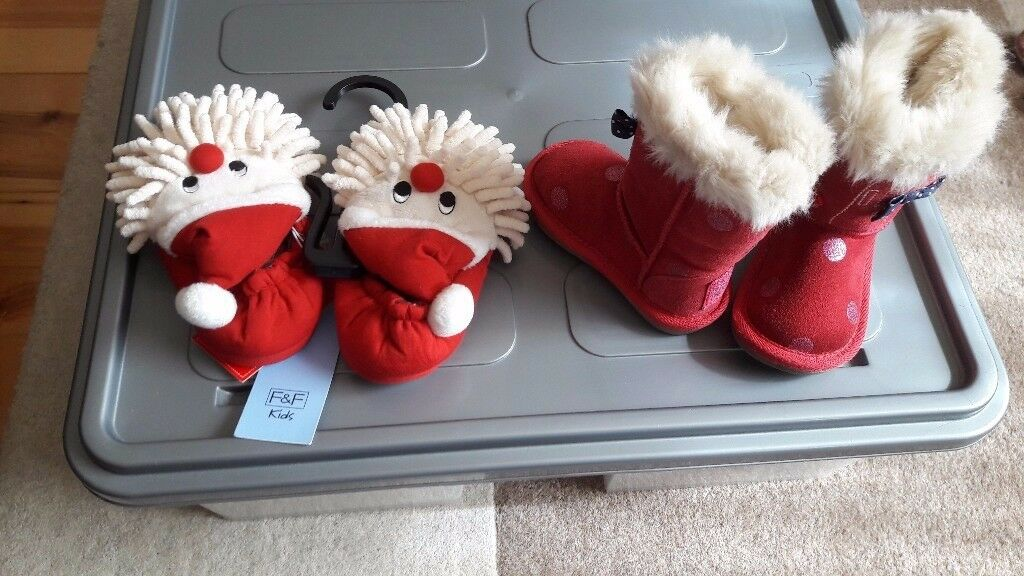 Baby & toddler girls clothes bundles, shoes, boots & socks, email me for other pics of bundles.