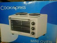 Brand new mini oven with hot plates
