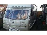 vondale Dart 6 berth 2006 model clean and dry family caravan