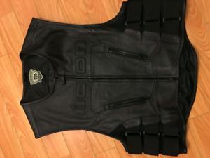 Icon regulator vest L/XL
