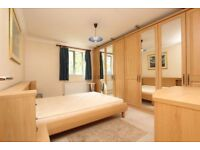 ** New property in Dockland ** Doubles, En Suite ALL bills inc. FREE cleaning service