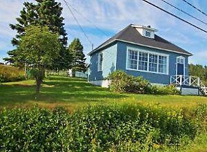 Maison au bord de la mer à vendre (Rocher-Percé/Anse-à-Beaufils)