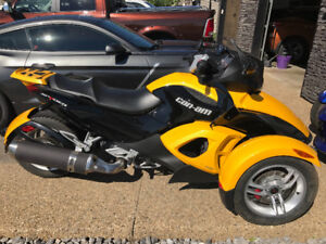 Very well maintained can am spyder.