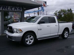 2014 Dodge Ram 1500 STANDS OUT 4X4 !! WE FINANCE !!