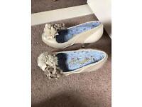 Irregular choice cream shoes