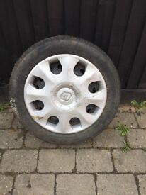 Renault wheel and tyre Bridgestone