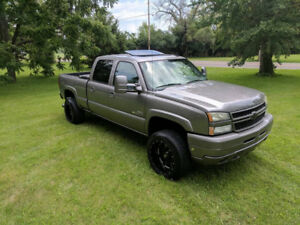 Looking for Fully Loaded Crew Cab LBZ Duramax Diesel