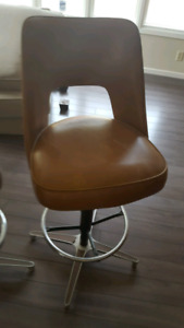 Bar chair in good condition leather best offer