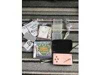 DS Nintendo lite console, game & extras