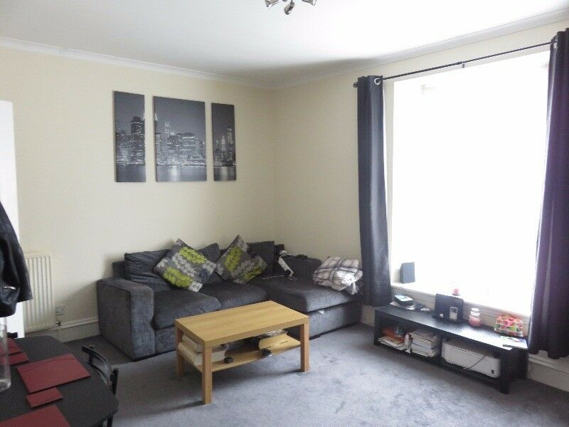1 bedroom flat in Urquhart Place, , Aberdeen, AB24 5NQ