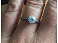 Vintage style classic engagement ring