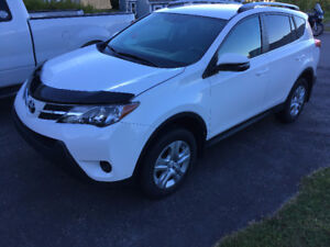 Toyota RAV4 LE SUV, All Wheel drive Only 14000 KM
