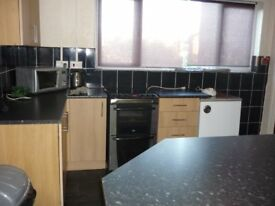 Double Room fully inclusive of bills on Nottingham Road