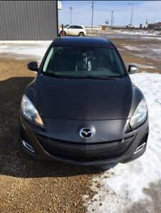 REDUCED Mazda 3 GT (top model)
