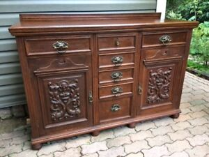Beautiful solid Oak Antique Carved Sideboard
