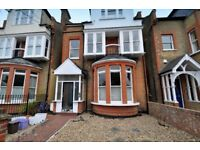 LARGE SELF CONTAINED STUDIO FLAT, NEW KITCHEN/SHOWER, MERTON HALL ROAD, WIMBLEDON, CLOSE TO STATION