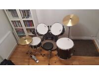GEAR 4 MUSIC DRUM KIT, Good condition, Black and Silver, hardly used.