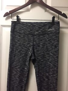Bench Crop Legging Size Small
