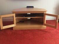 Ercol TV Corner Unit in Solid Light Elm Wood