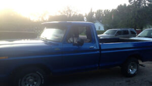 1979 Ford F-150 Blue Pickup Truck