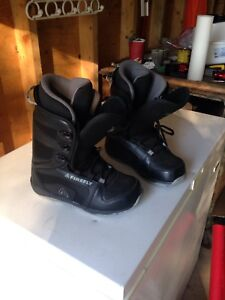 Men's size 8 firefly snowboard boots