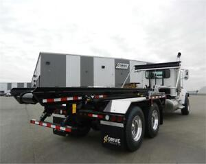 2017 Peterbilt 348 Cable-Hoist Roll-Off with Roll-Rite DC350 Tar