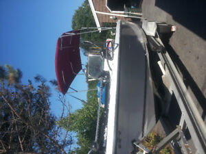 20 ft Rare Center Console with Yamaha 115 hp 4 stroke