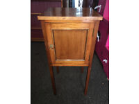 Attractive Antique Mahogany Bedside Table Pot Cupboard Cabinet Night Stand