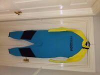 Typhoon wetsuit XL