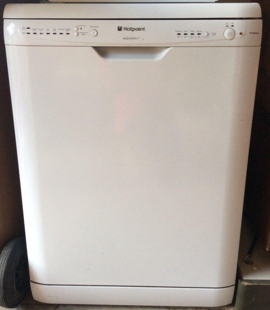 Hotpoint family-size dishwasher