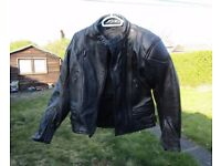 WOMANS BIKER JACKET SIZE 10 RTG BLACK LEATHER BIKE