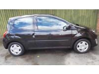 Renault Twingo 1.2 Pzaz. WARRANTY. RCL. EW. ONE OWNER FROM NEW. CD/AUX IN.