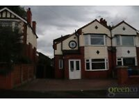 4 bedroom house in Windsor Road, Manchester, M25