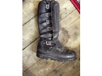 *£20* Vintage black leather motorcycle buckle boots size UK 9