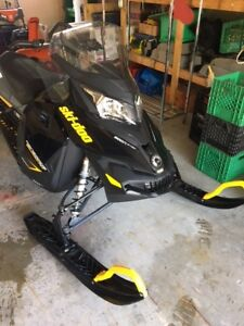 2014 BRP Renegade Backcountry skidoo