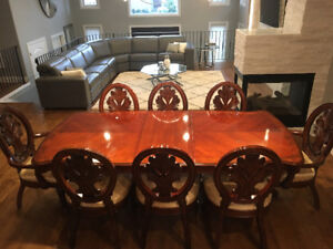 BEAUTIFUL 11 PIECES SOLID WOOD DINNING ROOM SET