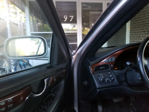 Great offer cadillac dhs 2000 a luxurious drive