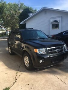 For Sale: 2011 Ford Escape V6