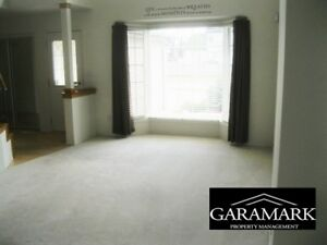 Scurfield Blvd - 5 Bedroom House for Rent