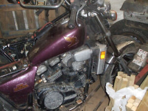 2 1983 750 magnas for parts