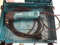 Makita multi tool TM3000c with case and accessories