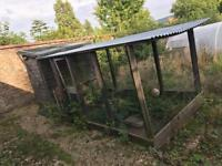 LARGE CHICKEN SHED
